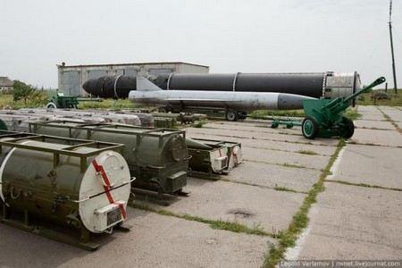 Барак Обама предлагает сократить количество ядерного вооружения в США и в России.