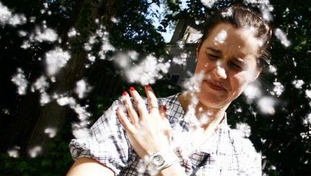 бороться с аллергией можно разными средствами