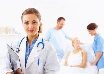 В России спрос на врачей увеличился за один год на 104%