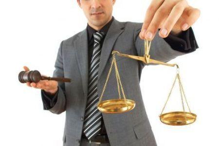 Юристы помогают решать важные жизненные проблемы