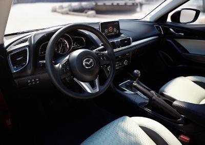 Салон автомобиля практически не претерпел изменений в сравнении с текущей моделью