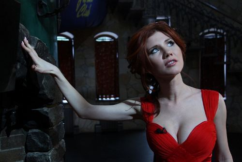 "Anna Chapman asked Snowden on Twitter: ""Edward, take me for a wife!"""