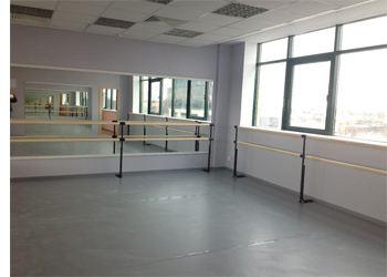 В 2012 году отремонтировали 2 этажа  школы