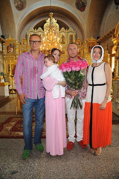 Степа Меньшиков крестил сына