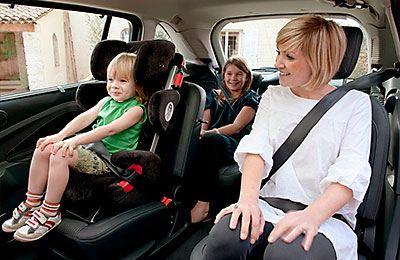 Также немаловажно наличие в машине такси детских кресел