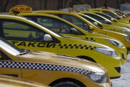 Праворульные такси могут запретить