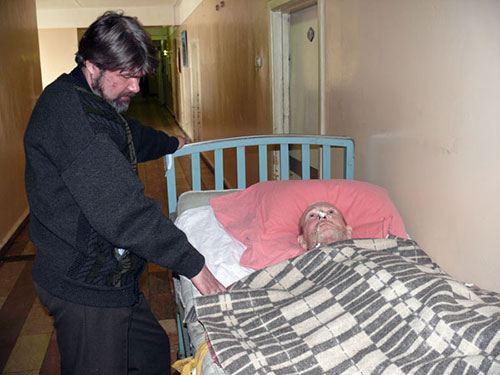 Места в больницах Владивостока часто хватает не всем