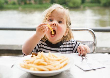 Благодаря лактобактерину детский желудок может переварить даже тяжелую пищу