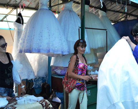 От разнообразия свадебных платьев у невест кружится голова