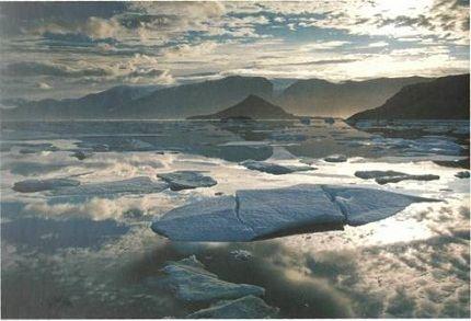 Элсмир - самый большой остров в Канаде
