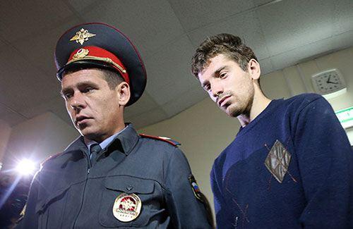 Магомед Магомедов, подозреваемый в изнасиловании 15-летней москвички