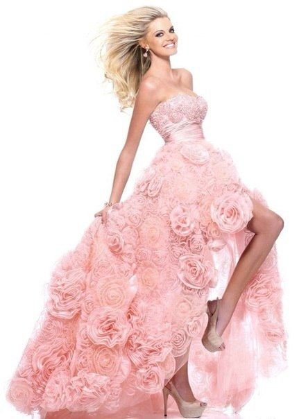 Новые платья ищут своих героинь