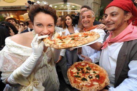 Попробовать неапольскую пиццу может каждый
