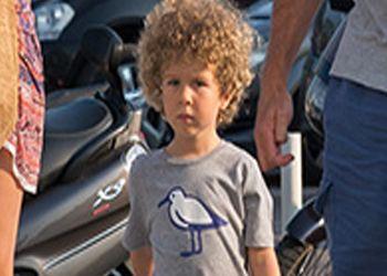 Сын Абрамовича носит футболку за 500 рублей
