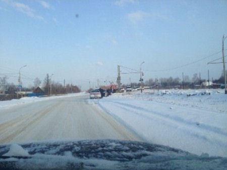Песок в Хабаровске дорогам не помогает