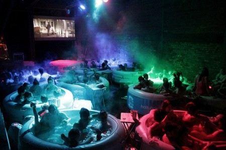 Кинотеатр в ванной