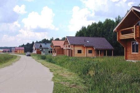 В поселках домов из дерева все больше
