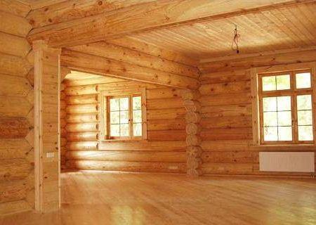 Дом из дерева - теплый и современный