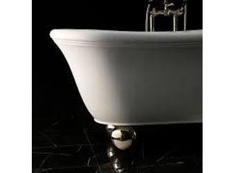 Дизайнеры поставили классическую ванну на алюминиевые ножки-сферы