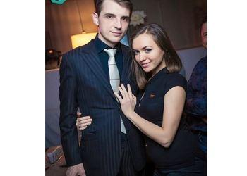 Экс-звезда «Дома-2» родила дочку