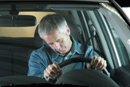 Водители часто страдают болезнями шеи