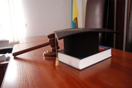 Услуги юриста всегда актуальны