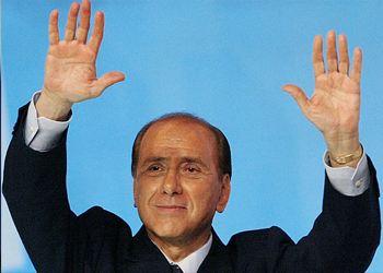 Берлускони защищают лучшие юристы страны