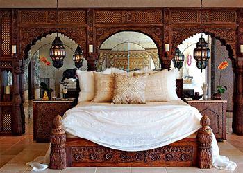 The bedroom Scher is huge and multifunctional.