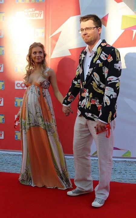 Брак Харламова и Асмус хотя аннулировать через суд.