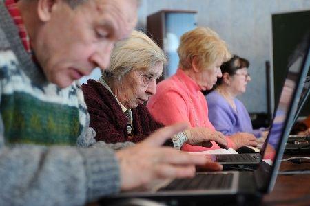 Интернет любят люди любого возраста