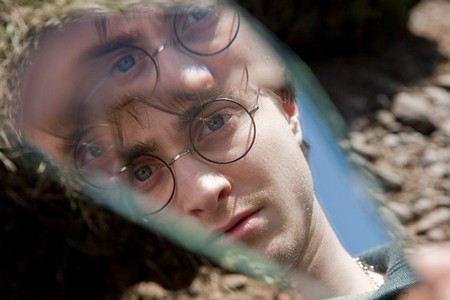Джоан Роулинг пишет сценарий к фильму про мир Гарри Потера.