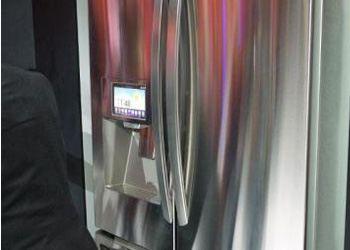 Компания LG научила холодильники посылать сообщения в Twitter