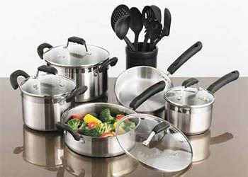 Специалисты рассказали, как правильно выбрать удобную и безвредную посуду для кухни