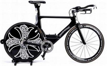 Самые дорогие велосипеды отличаются смелым дизайном, например, Chrome Hearts x Cervelo Bike