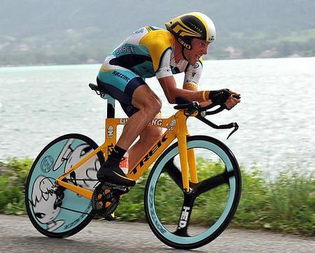 Профессиональные спортсмены выбирают только дорогие велосипеды