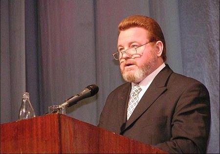 Михаил Евдокимов не только сатирик, но и политик.