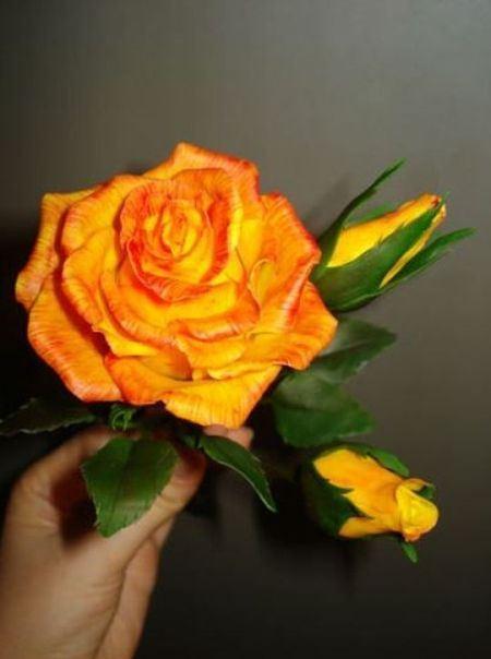 Фарфоровая роза