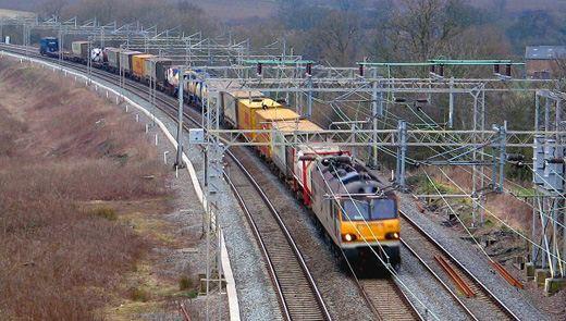 В России перевозка грузов по железной дороге остается очень актуальной