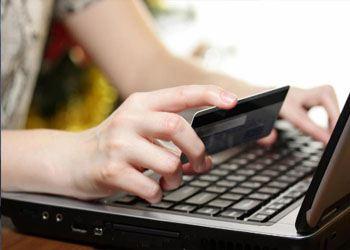 Интернет-покупки очень любят совершать более 36% амурчан