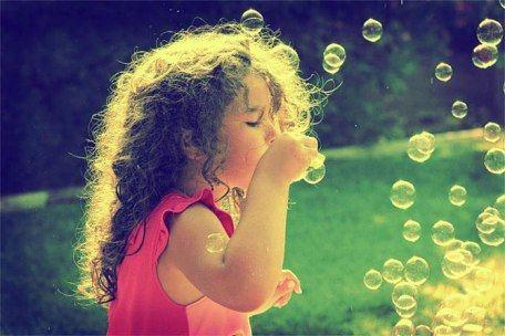Ежегодно в мире покупают более 200 миллионов флакончиков с волшебными пузырями