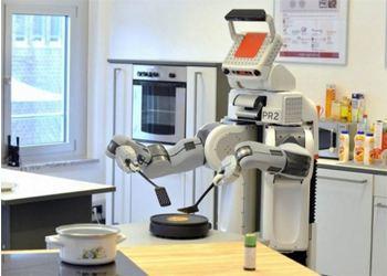Американская группа выпустила новейшую модель умного робота-домохозяйки PR2