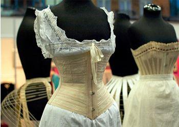 В Москве покажут модное французское женское белье XIX-XXI веков