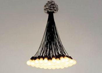 Москвичам покажут 85 обыкновенных лампочек, собранных в роскошную люстру