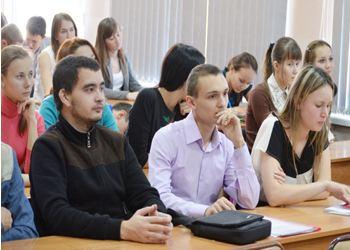На факультете экономики политехнического института города Чебоксары прошла встреча студентов с работодателями