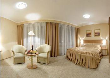В Украине каждый четвертый иностранец-турист останавливается отеле