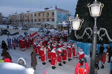 Шествие новогодних Дедов стало традицией