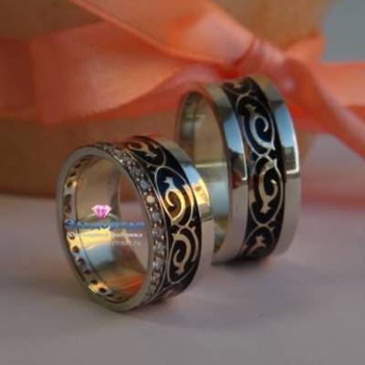 Обручальные кольца могут быть и такими