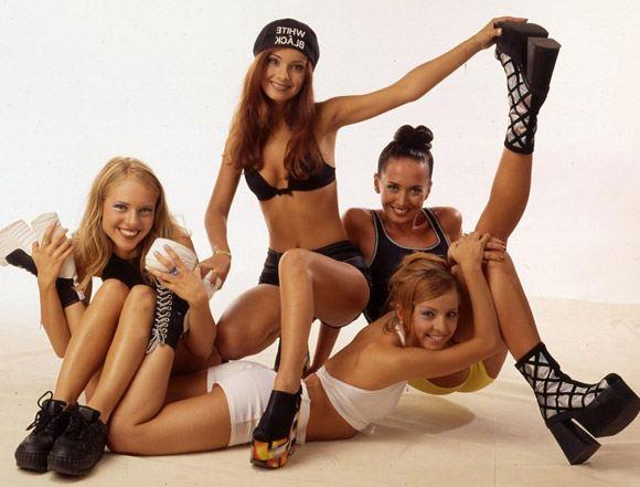 Первый состав группы «Блестящие»: Жанна Фриске, Ольга Орлова, Ирина Лукьянова, Полина Иодис