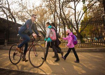 Минтранс РФ рассчитывает, что поправки в ПДД о новых преференциях для велосипедистов одобрят в Правительстве уже в 2014 году