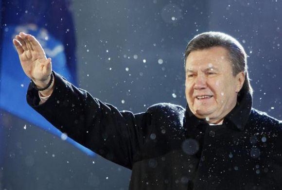 Украинское общество ждет от Януковича сигнала